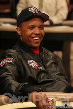 Phil Ivey bookies favourite for WSOP main event