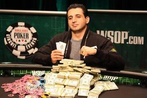 Ali Eslami after winning the WSOP Circuit Western Regional Championship