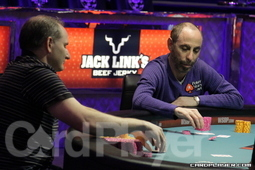 Andy Bloch and Barry Greenstein heads-up for the bracelet