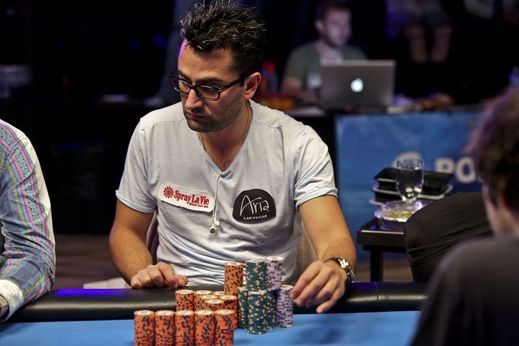how to become a professional poker player online