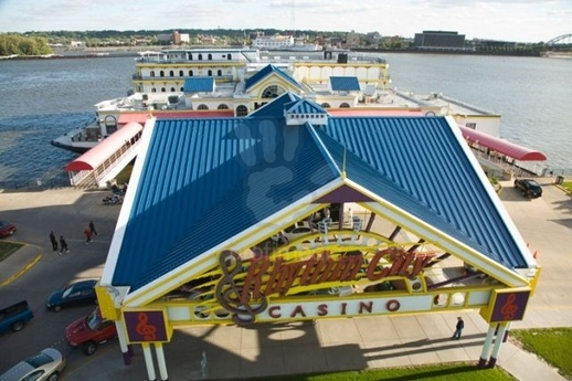 Riverboat gambling in iowa black casino internet jack jouer son