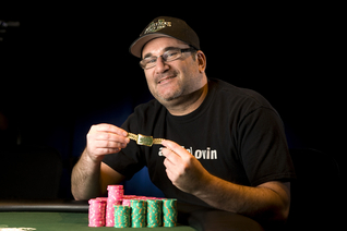 Mike Matusow Gets His Fourth Gold Bracelet
