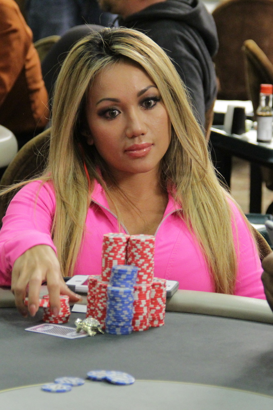 Lily Kiletto Live Updates - Poker Player