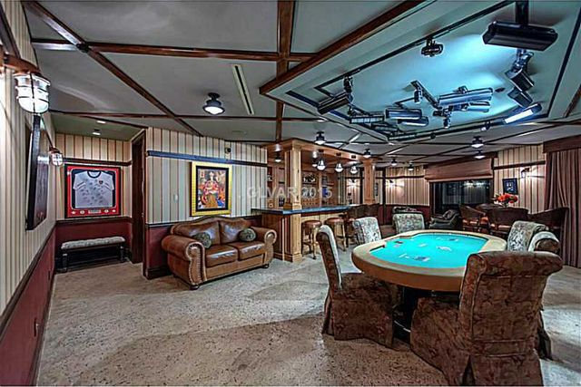 Check Out This Poker Players 9 Million Home