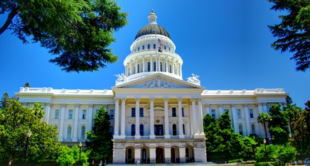 Featured_california_state_capitol_building_-_full_front_facade