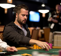 Thumbnail_ryan-fee_event-2_day02_2014wsop_thomson_jt1_4013