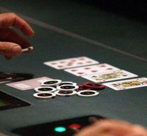 Thumbnail_live_poker_dealer_feature