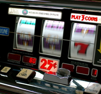 Thumbnail_slot_machine_wikipedia