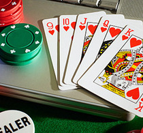 Thumbnail_laptop_poker_chips_photo