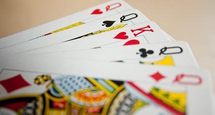 Featured_card-deck-390887_960_720