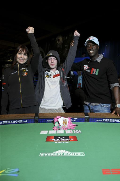 Annie Duke and Don Cheadle with 2009 Ante Up for Africa winner Alex Bolotin