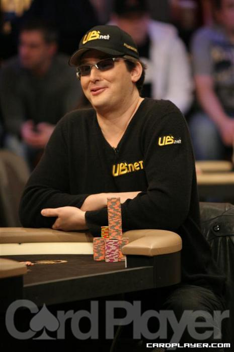Hellmuth at the 2010 NBC National Heads-Up Championship