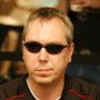 Large_joebeevers_wsop_ev55_day2a-2