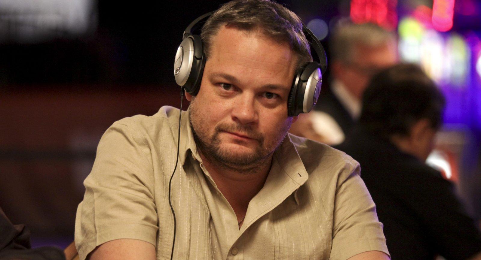Chris Bell - Poker Player