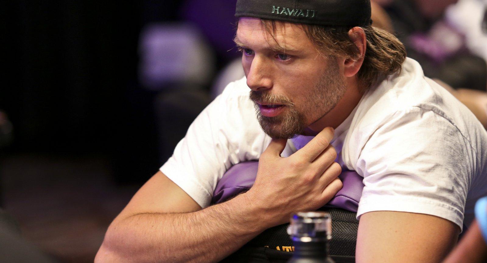 Live Casino Hold'em | Casino.com Argentina