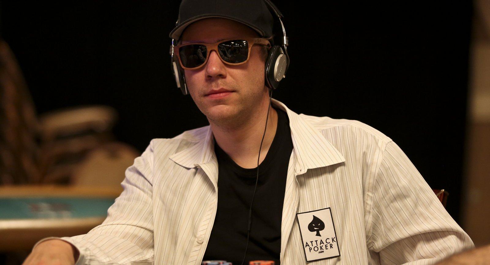Kevin MacPhee Kevin MacPhee Poker Player