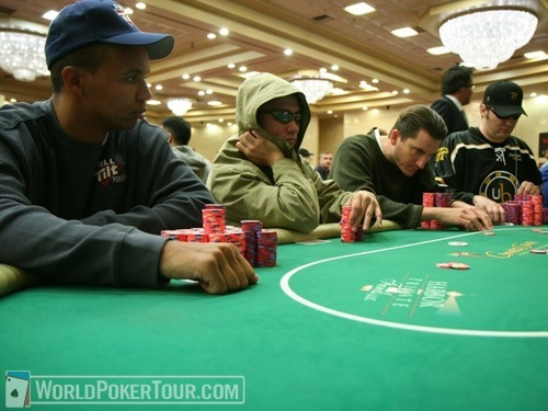 Phil Ivey and Phil Hellmuth at Opposite Ends
