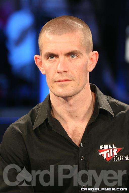 Гус Хансен ( Gus Hansen)