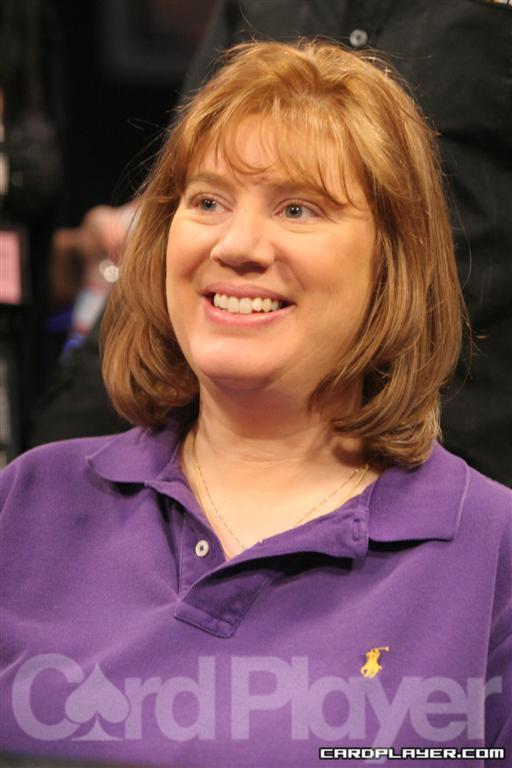 Kathy Hellmuth