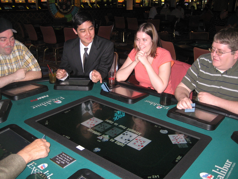 Poker leagues in omaha hard rock cafe poker chip set